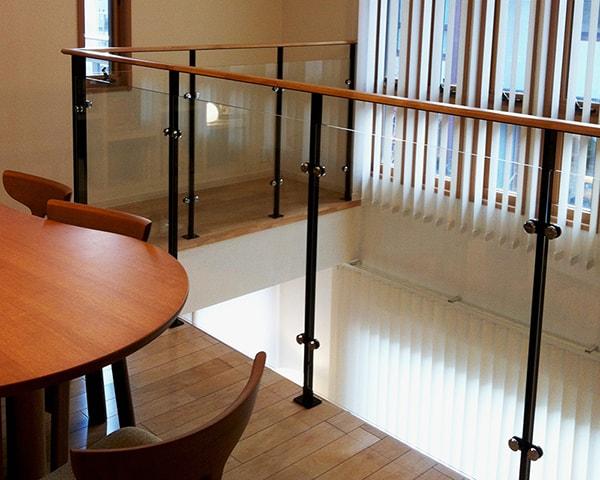 ex_handrail02