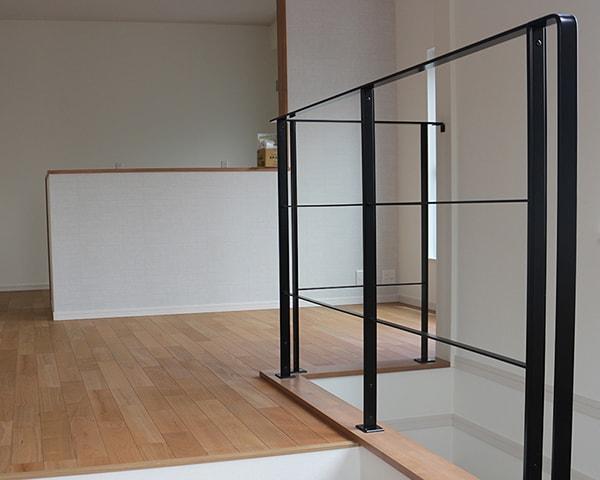 ex_handrail05